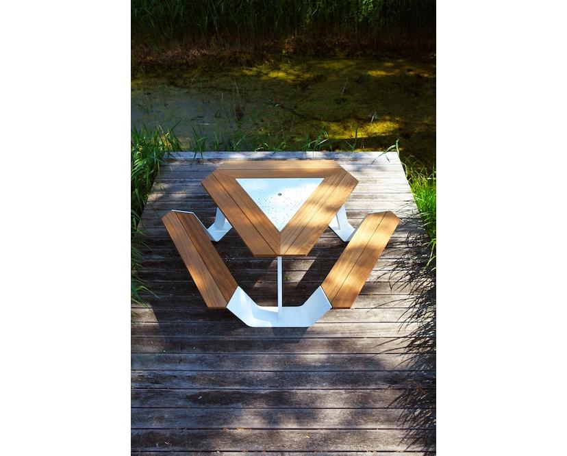 extremis - Anker Tisch feuerverzinkt - Iroko hardwood - weiße pulverbeschichtete Mittelplatte - 4