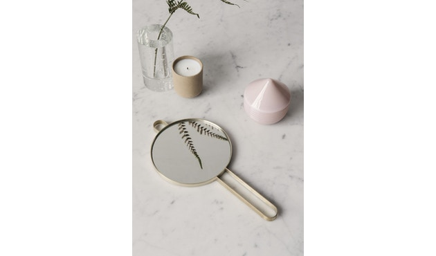 ferm LIVING - Poise Handspiegel - Messing - 2