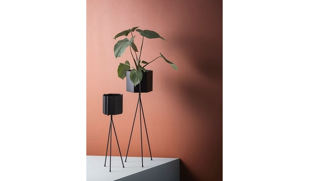 ferm LIVING - Hexagon Pot - Black - L - 3