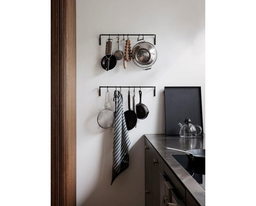 ferm LIVING - Kitchen Leiste mit Haken - black - 2