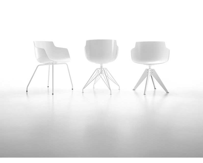MDF Italia - Flow Slim Armlehnstuhl 4 Fußgestell - weiß - Gestell weiß - 4