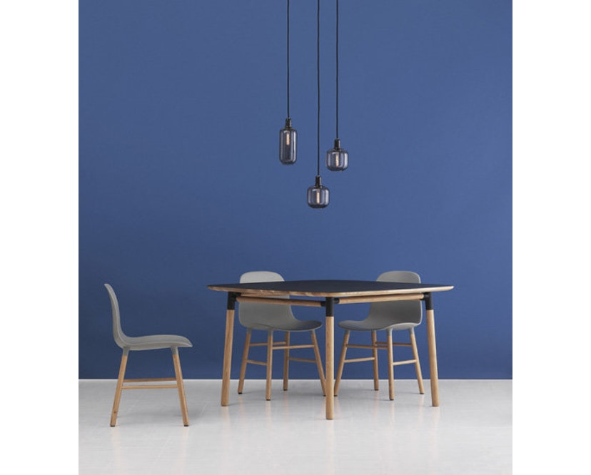 Normann Copenhagen - Form Stuhl mit Holzgestell - 3