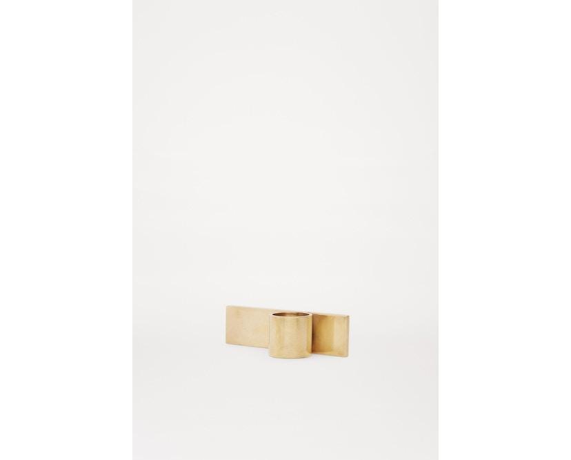 Frama - FUNDAMENT Kerzenhalter-Set - messing - 7