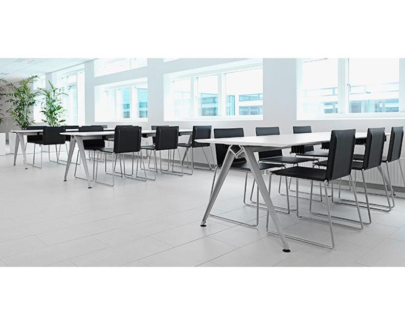 Randers + Radius - GRIP Basic tafel - 239 - 80 cm - wit - Zonder stekkerdoos - zwart - 15