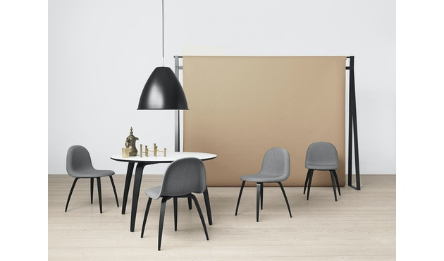 Gubi - Gubi Dining Table - Walnuss - rund - 2
