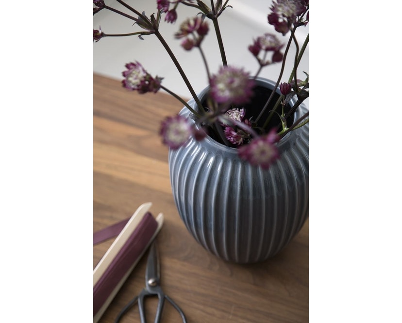 Kähler Design -  Hammershøi Vase - Höhe 10 cm - Anthracite - 11