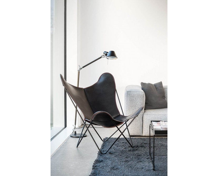 Manufakturplus - Butterfly Chair Hardoy - 80 Jahre Sonderedition - rotes Gestell - rote Naht - 8