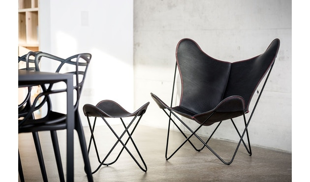 Manufakturplus - Butterfly Chair Hardoy - 80 Jahre Sonderedition - rotes Gestell - rote Naht - 9