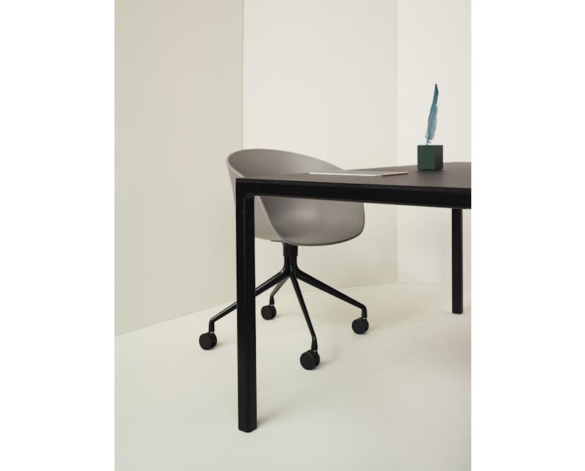 HAY - About A Chair Low AAC 43 - zwart gebeitst - Hallingdal 130 - grijs gevlekt - 16
