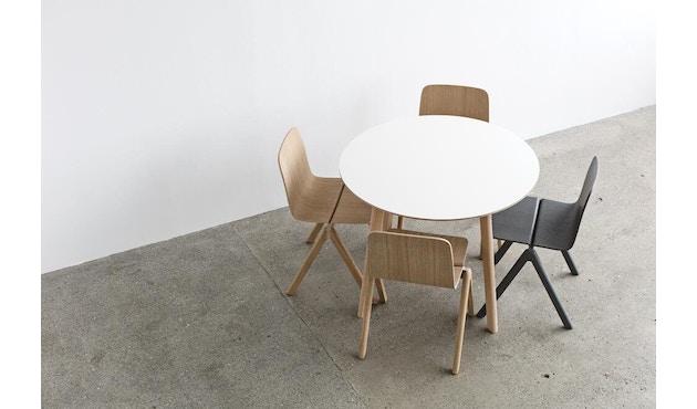 HAY - Copenhague Deux CPH 220 tafel - steengrijs - Ø 75 cm - Eik mat gelakt - 8