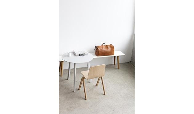 HAY - Copenhague Deux CPH 220 Tisch - Platte tintenschwarz - Gestell Eiche matt lackiert - Ø 98 cm - 6