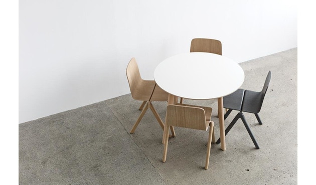 HAY - Copenhague Deux CPH 220 Tisch - Platte tintenschwarz - Gestell Eiche matt lackiert - Ø 98 cm - 7