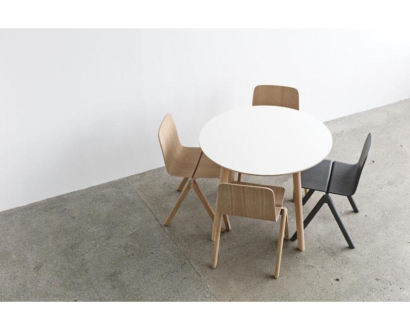 HAY - Copenhague Deux CPH 220 Tisch - Platte perlweiß - Gestell Eiche matt lackiert - Ø 75 cm - 8