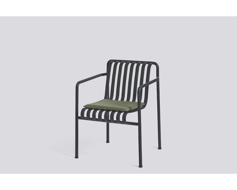 HAY - Sitzkissen für Palissade Dining Arm Chair - olive - 3