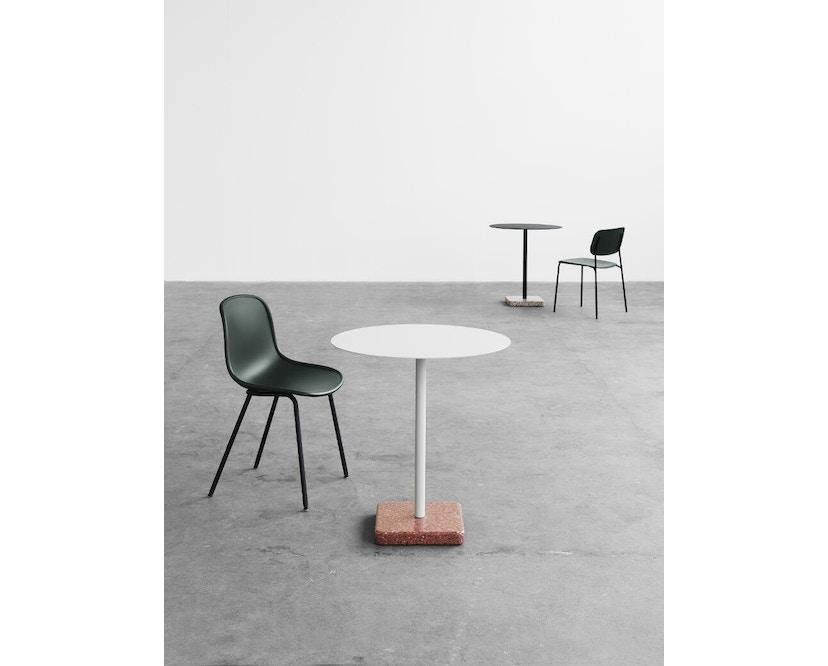 HAY - Terrazzo Gartentisch - Platte dunkelgrau - eckig - Sockel grau-gelb - 5