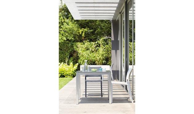 Jan Kurtz - Quadrat Tisch - 90x90 - Gestell weiß - HPL weiß - 9