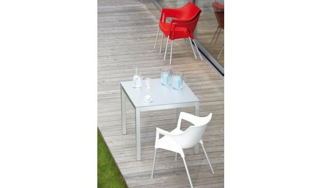 Jan Kurtz - Quadrat Tisch - 90x90 - Gestell weiß - HPL weiß - 10
