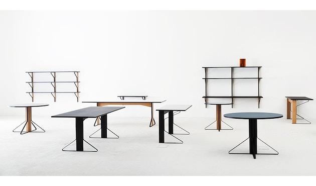 Artek - Kaari Wandregal drei Regalböden mit Schreibtisch - 4