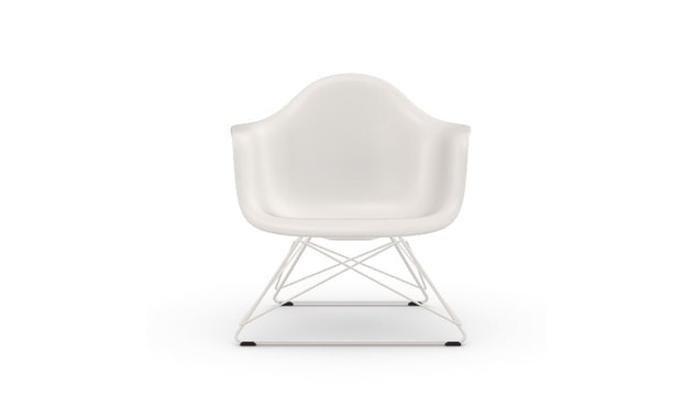 Outdoor Eames Plastic Chair LAR