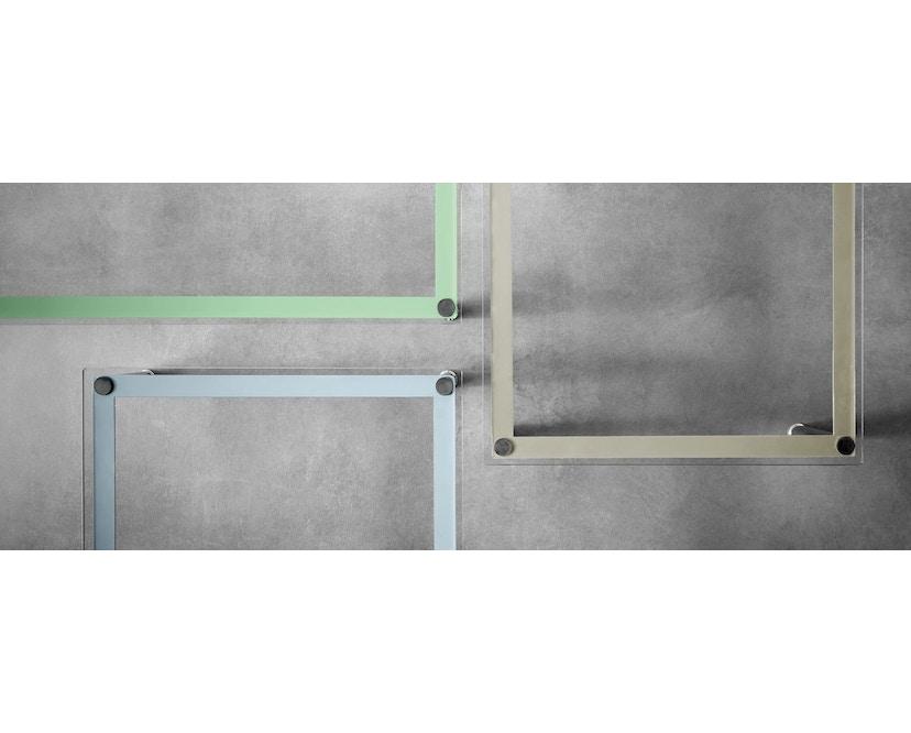Cassina - LC 10-P Couchtisch - Tischplatte aus Kristallglas - Zarge weiß - 70 x 70 cm - 5