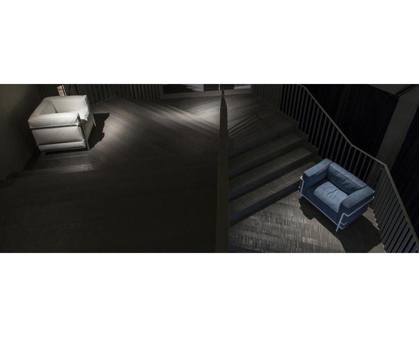 Cassina - LC 3 Poltrona fauteuil - leer zwart - zwart - 4