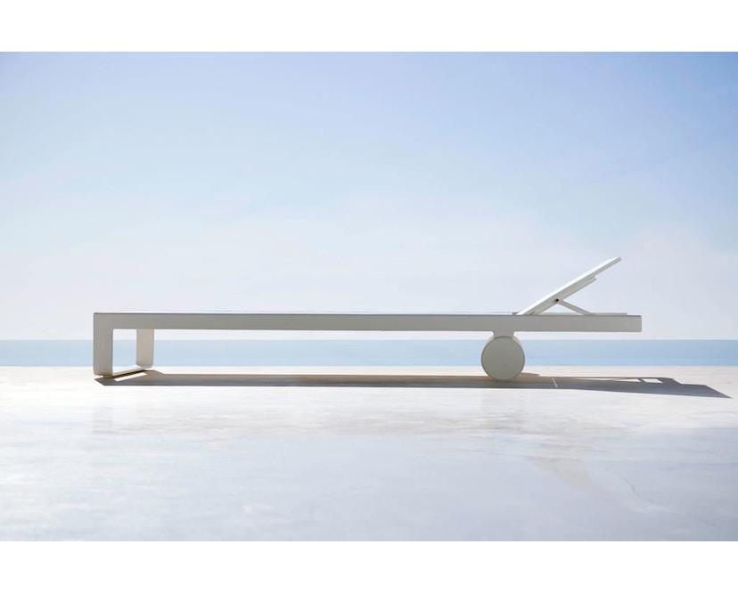 Gandia Blasco - Liegestuhl Tumbona Flat - weiss - 4