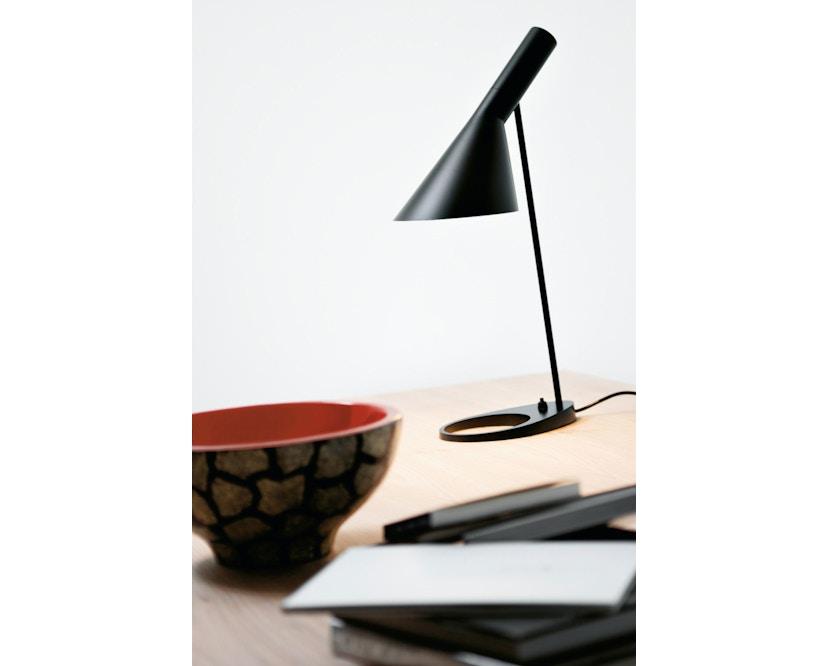 Louis Poulsen - AJ tafellamp - Zwart - 5
