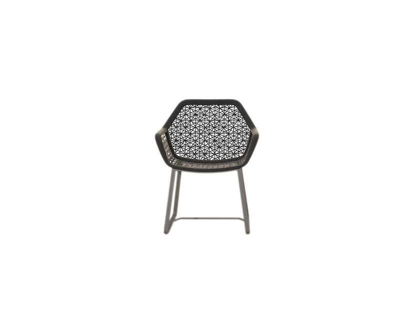 Kettal - Maia Armlehnstuhl- Aluminiumgestell - mangangrau/ kastanienbraun - 1