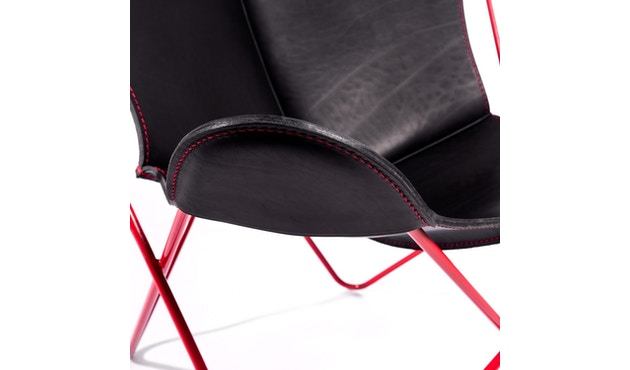 Manufakturplus - Butterfly Chair Hardoy - 80 Jahre Sonderedition - rotes Gestell - rote Naht - 2