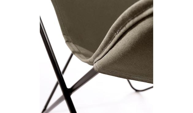 Manufakturplus - Butterfly Chair Hardoy - B.K.F. Chair Stahlrahmen schwarz, Baumwolle oliv - 4