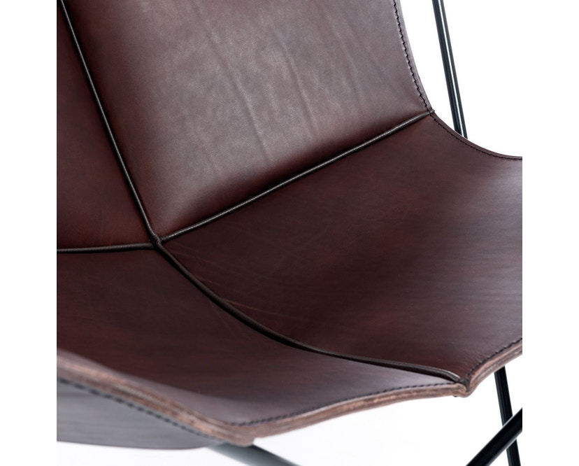 Manufakturplus - Butterfly Chair Hardoy - B.K.F. Chair Stahlrahmen schwarz, Blankleder maron - 4