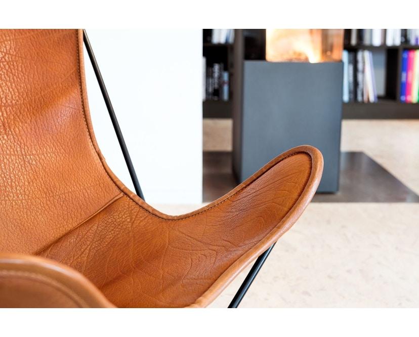 Manufakturplus - Butterfly Chair Hardoy - B.K.F. Chair Stahlrahmen weiß, Biobüffel-Leder schwarzbraun - 4