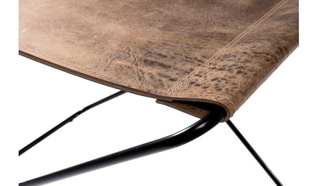 Manufakturplus - Fußteil für Hardoy Butterfly Chair - Stahlrahmen schwarz, Vintage-Leder - 2