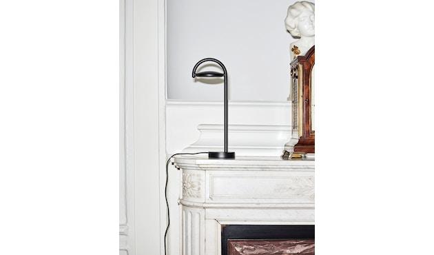 HAY - Marselis Tafellamp - soft zwart - 3