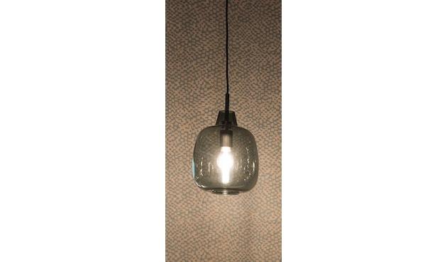 Mawa Design - Bergamo Pendelleuchte - weißes Glas - schwarzer Baldachin - ohne Details - blaues Kabel - 2