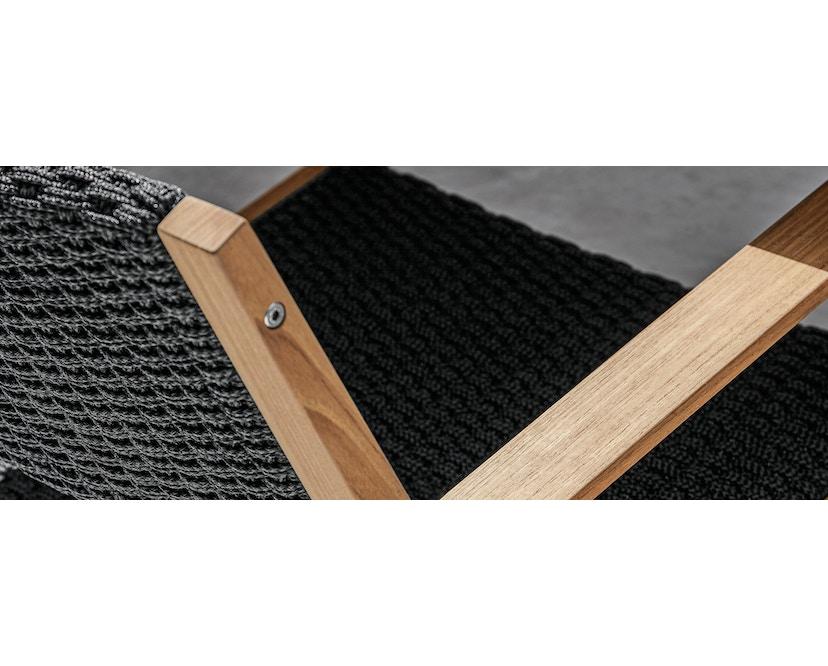 Gloster - Maze Armlehnenstuhl - Teak - beige - Gurt geflochten - 4