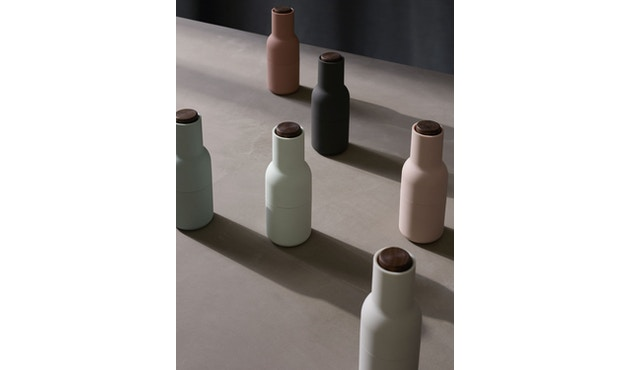 Menu - Bottle Grinder Classic Mühlen-Set - Nudes/Walnut - 5