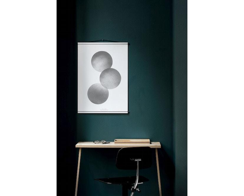 Moebe - Poster Hanger Länge 50 - Messing - 1