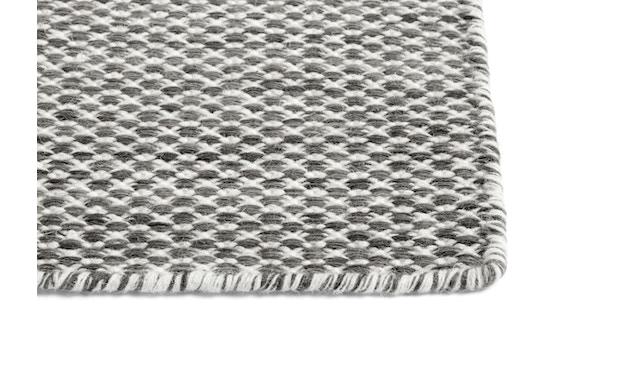 HAY - Moiré Teppich - grau - 140x200 - 2