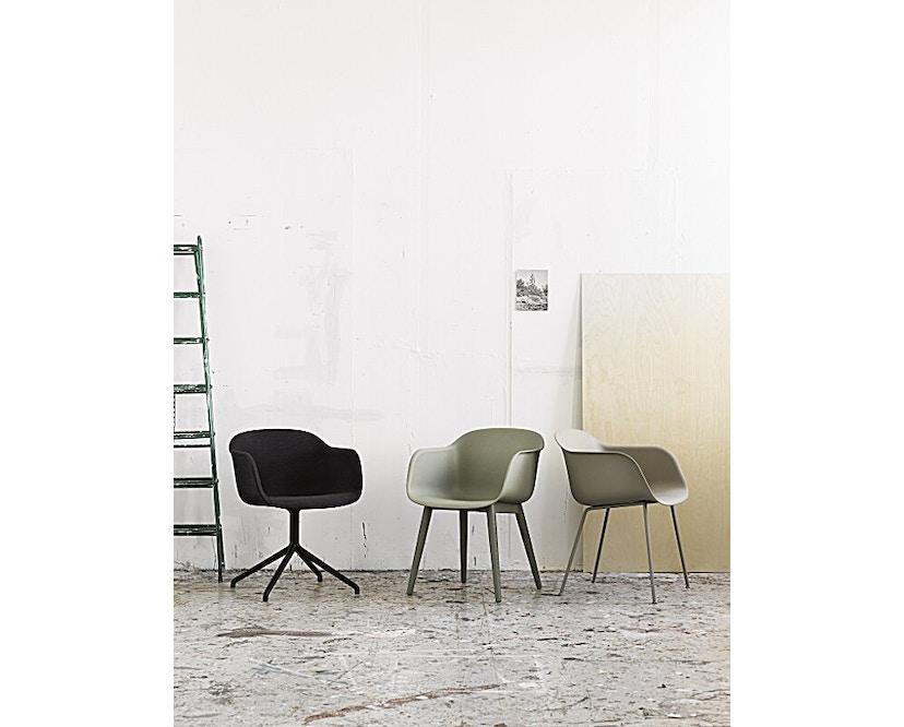Muuto - Fiber Armlehnstuhl - Drehfuß - naturweiß/ weiß - 2