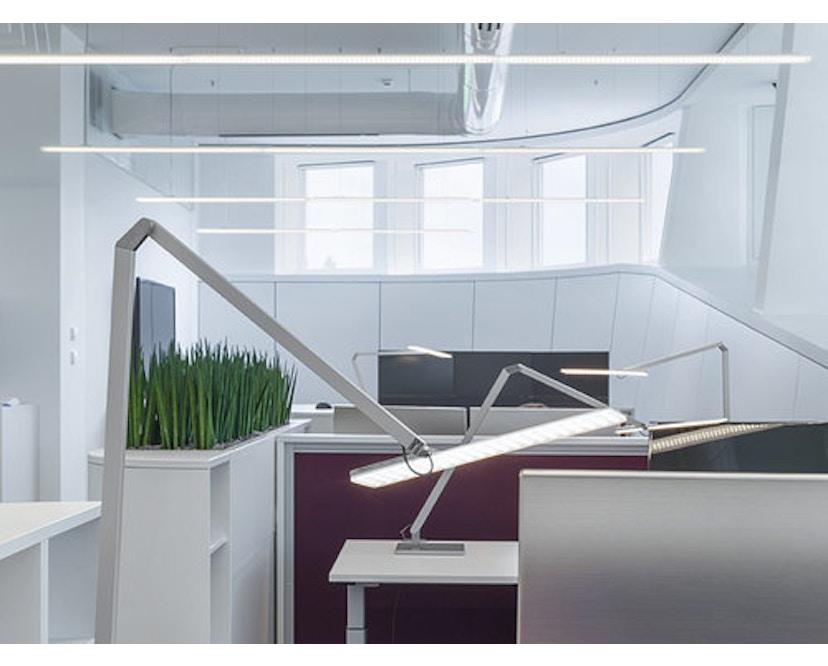 Nimbus - Roxxane Office Tischleuchte - silber-eloxalfarben mit Fußplatte - 9