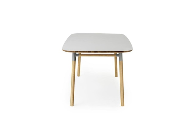Normann Copenhagen - Form Tisch - grey/ oak - M - 3