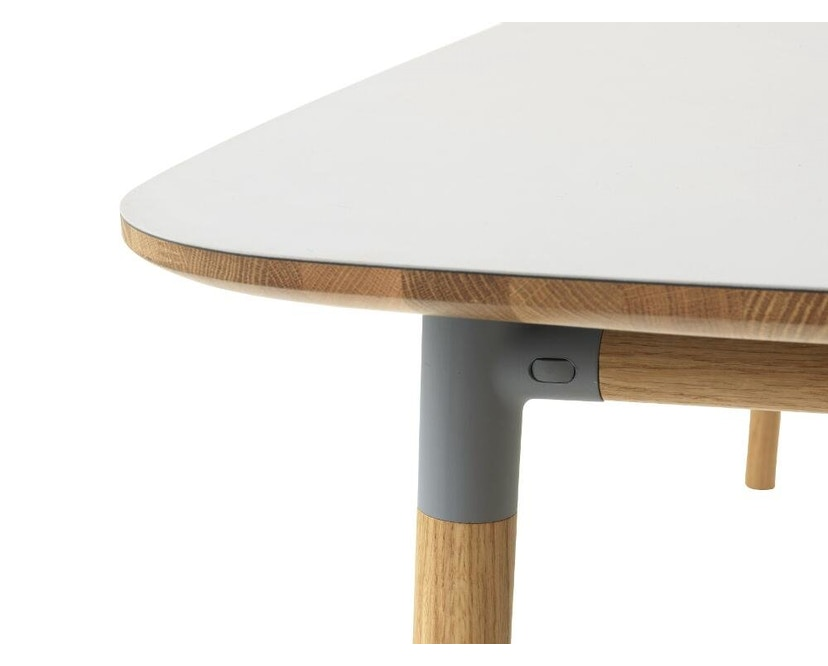 Normann Copenhagen - Form Tisch - grey/ oak - M - 4