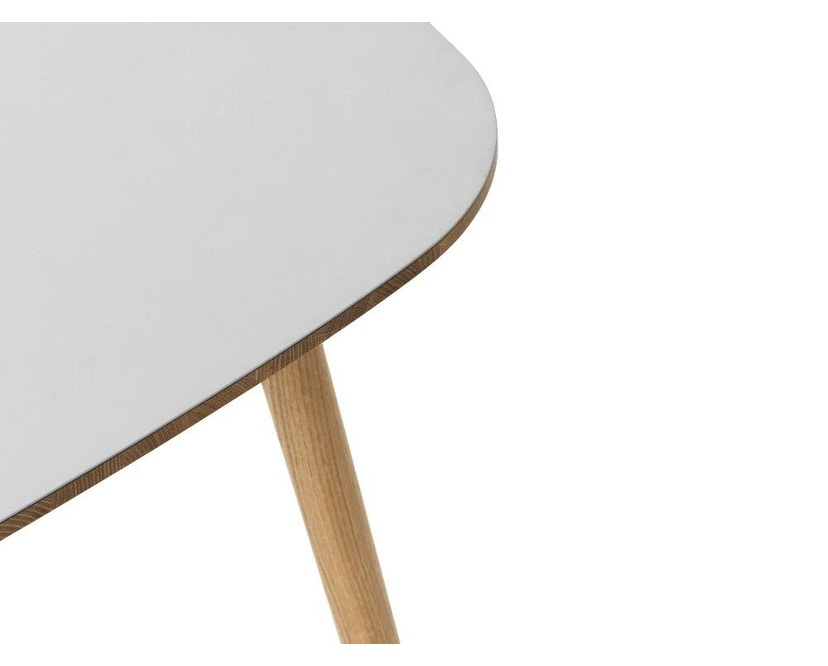 Normann Copenhagen - Form Tisch - grey/ oak - M - 5