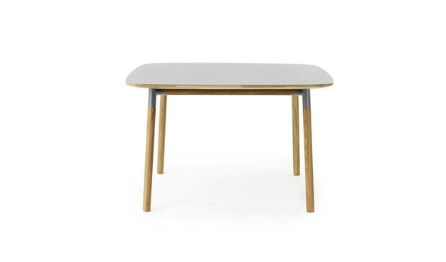 Normann Copenhagen - Form Tisch - grey/ oak - S - 1