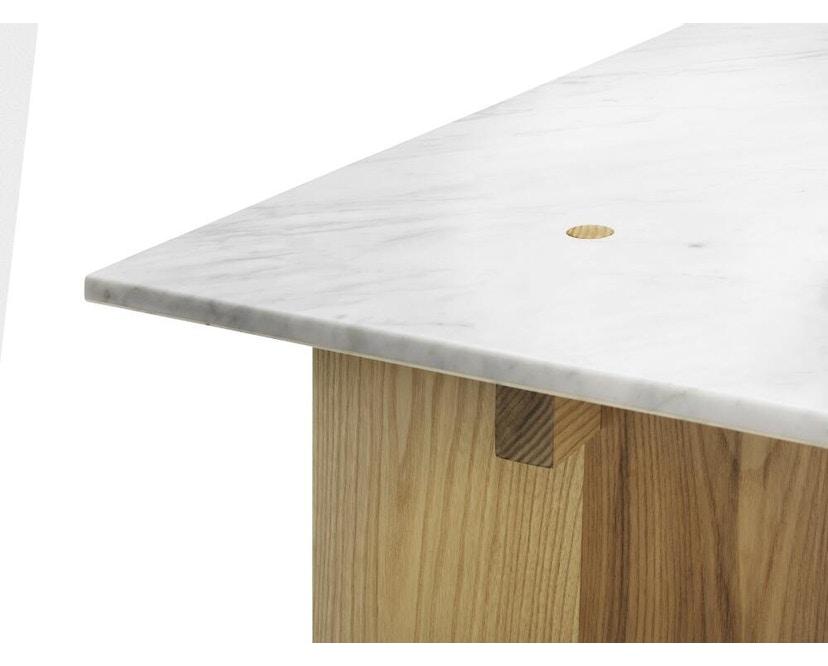 Normann Copenhagen - Solid Couchtisch - Marmor, Eiche - 4