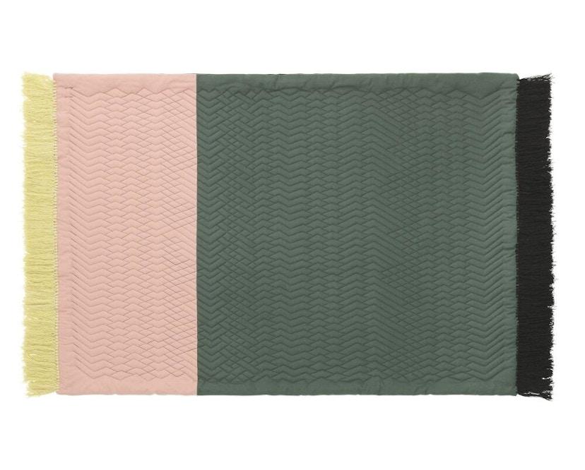 Normann Copenhagen - Trace Teppich - blush/ dark green - 1