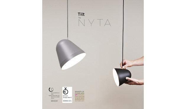 Nyta - Tilt S hanglamp - oudroze - 3 m - zwart - 17