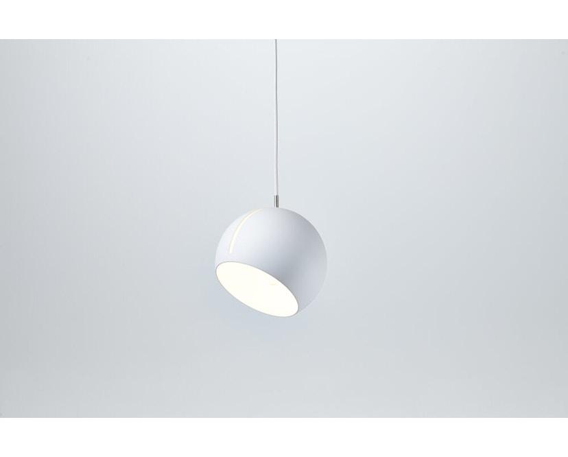Nyta - Tilt Globe Hängeleuchte - weiß - Kabel weiß 3m - 5