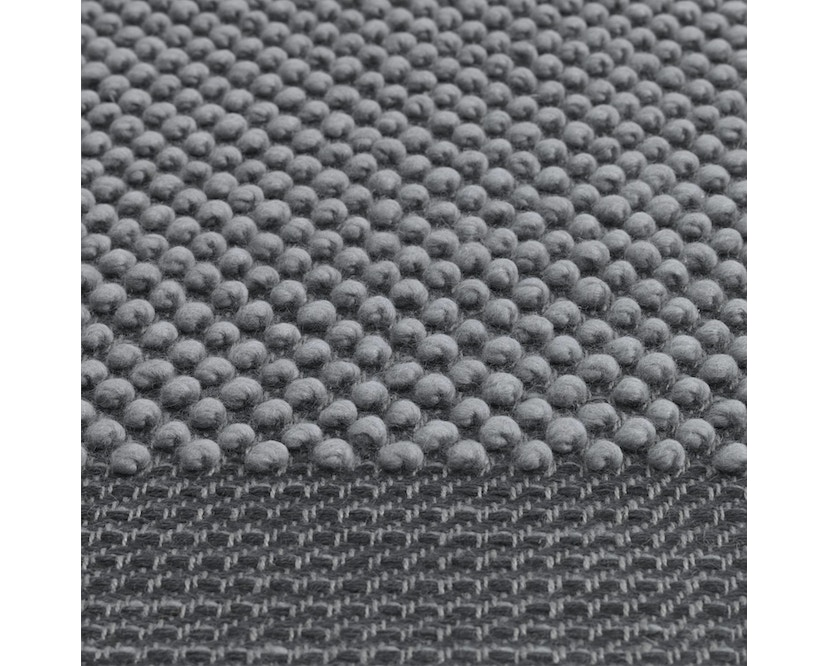 Muuto - Pebble Rug Teppich - 200 x 300 - Dark Grey - 5